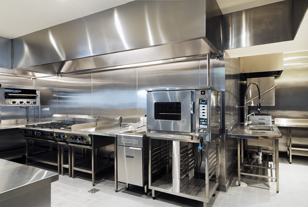 selecting-the-right-commercial-kitchen-equipment